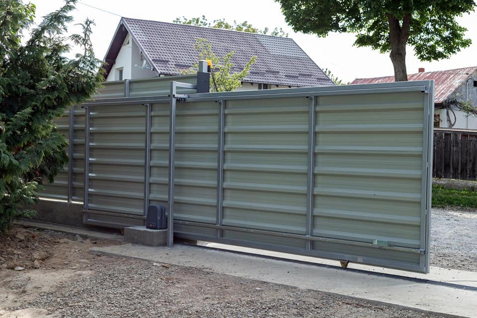 Gard metalic Elevatie